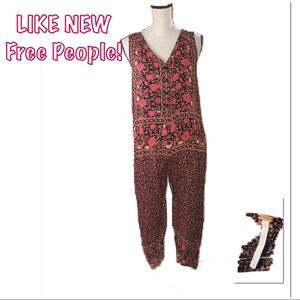 • FREE PEOPLE | LIKE NEW | Floral Jumpsuit •